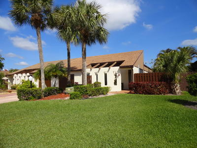 Lake Worth Single Family Home For Sale: 6767 Starkeys Place