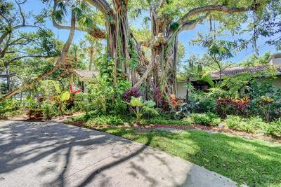 Palm Beach County Single Family Home For Sale: 898 Ponce De Leon Road