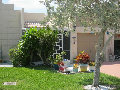 Boca Raton Single Family Home For Sale: 18761 Garbo Terrace