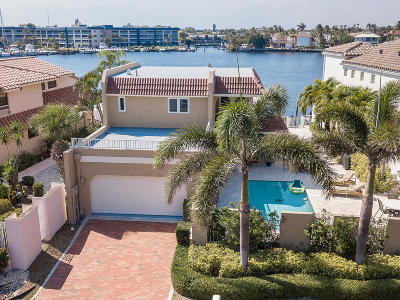 Delray Beach Single Family Home For Sale: 585 Pelican Way