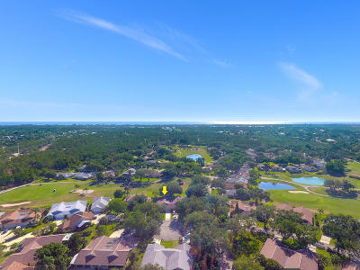 Hobe Sound Single Family Home Contingent: 12727 SE Pinehurst Court