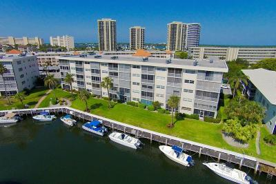 North Palm Beach Condo For Sale: 29 Yacht Club Drive #402