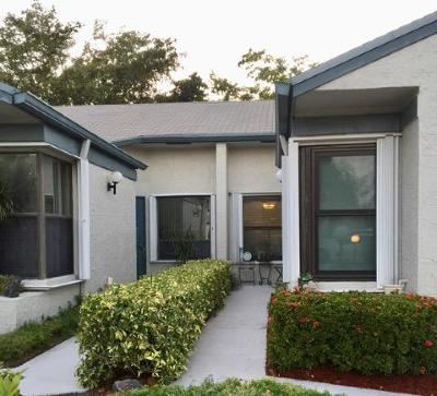 West Palm Beach Single Family Home For Sale: 4500 Corniche Circle #11