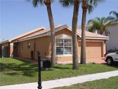 Boynton Beach Single Family Home For Sale: 7012 Chesapeake Circle