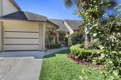 Greenacres FL Townhouse For Sale: $219,000
