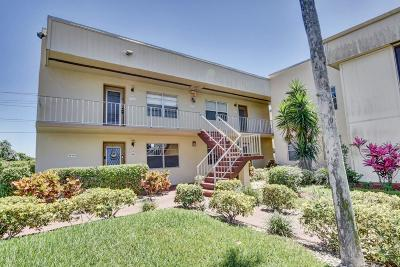 Delray Beach Condo For Sale: 771 Burgundy Q