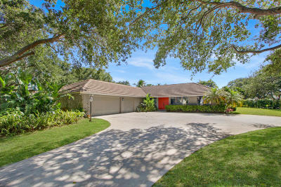 Tequesta Single Family Home For Sale: 9929 SE Buttonwood Way
