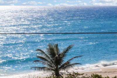 Juno Beach Condo Contingent: 911 Ocean Drive #601