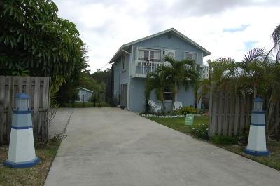 Hobe Sound Single Family Home For Sale: 9374 Saturn Avenue