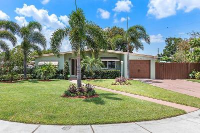 Pompano Beach Single Family Home For Sale: 1720 NE 44 Street