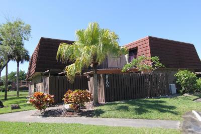Boca Raton Townhouse Contingent: 8109 Boca Rio Drive