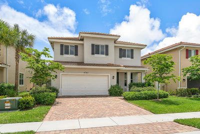Greenacres Single Family Home For Sale: 4743 Foxtail Palm Court