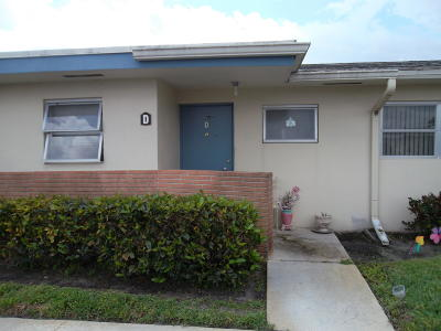 West Palm Beach Single Family Home For Sale: 2915 Ashley Drive W #D