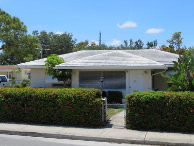 Lake Worth Single Family Home For Sale: 831 S Street