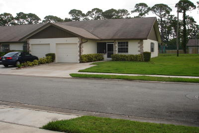Jupiter Single Family Home For Sale: 175 Bent Arrow Drive