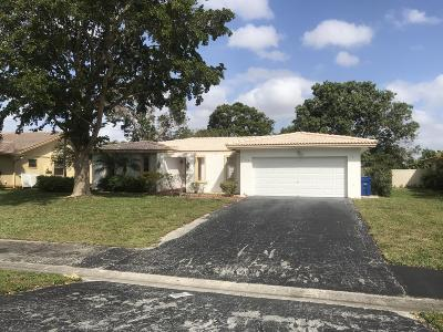 Coral Springs Single Family Home For Sale: 983 Ramblewood Drive