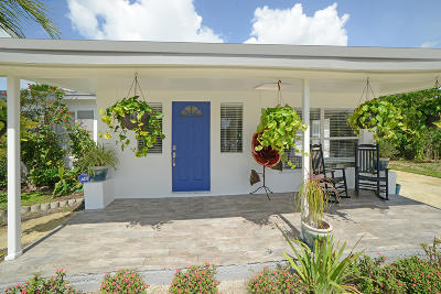 Delray Beach Single Family Home For Sale: 2102 NE 3rd Avenue
