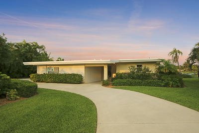 West Palm Beach Single Family Home For Sale: 7128 W Lake Drive