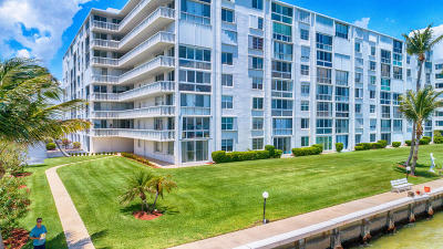 Lake Park Condo For Sale: 301 Lake Shore Drive #107