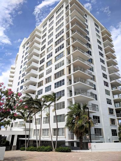 Palm Beach County Condo For Sale: 875 E Camino Real #3c