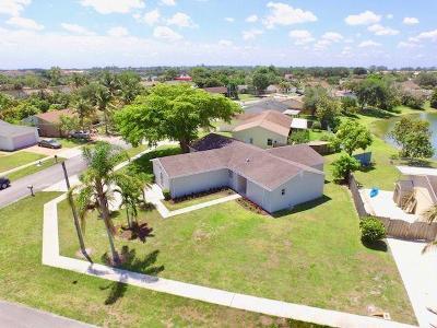 Royal Palm Beach Single Family Home For Sale: 1169 Grand Duke Way