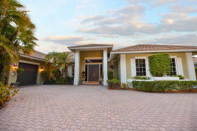 West Palm Beach Single Family Home For Sale: 1615 Breakers West Boulevard