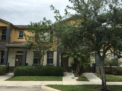 Port Saint Lucie FL Townhouse For Sale: $138,900