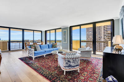 North Palm Beach Condo For Sale: 108 Lakeshore Drive #1240