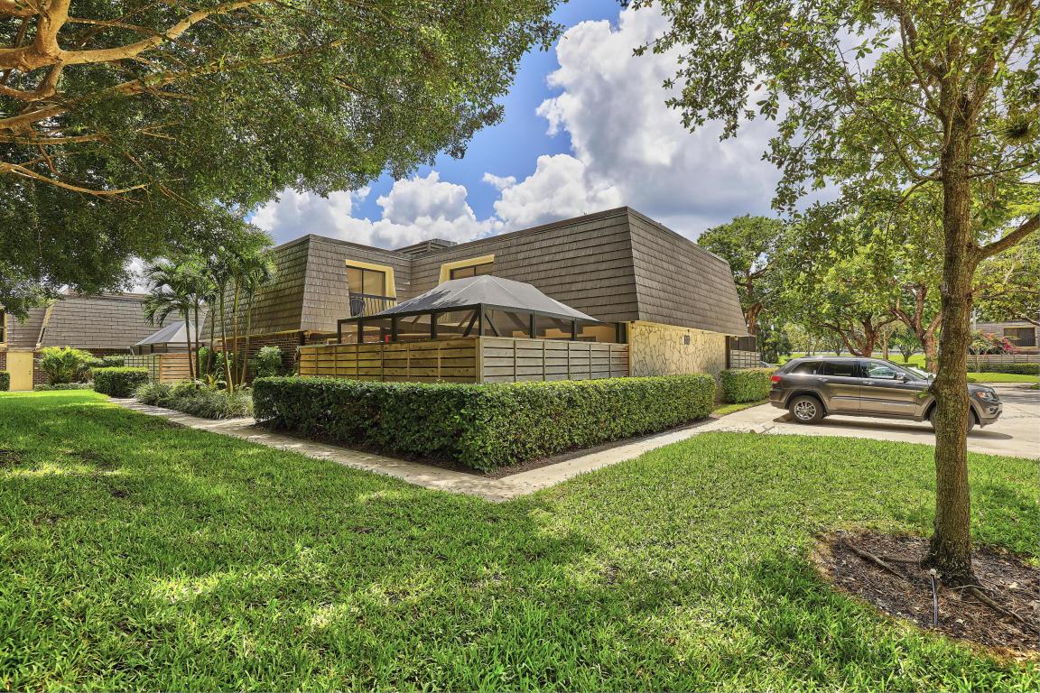 Listing: 1601 16th Terrace, Palm Beach Gardens, FL.| MLS# RX ...