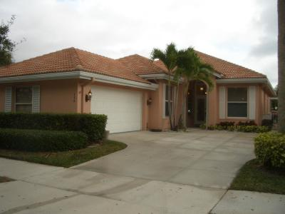 Jupiter Single Family Home For Sale: 114 Hampton Circle