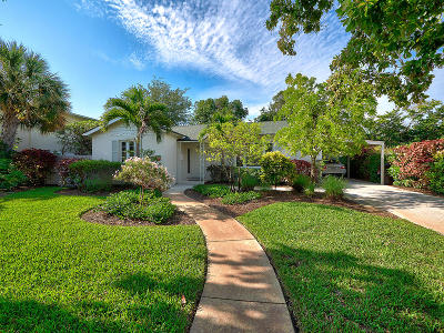 El Cid Single Family Home For Sale: 324 Sunset Road