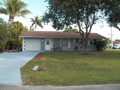 Stuart Single Family Home Contingent: 3134 SE Banyan Street