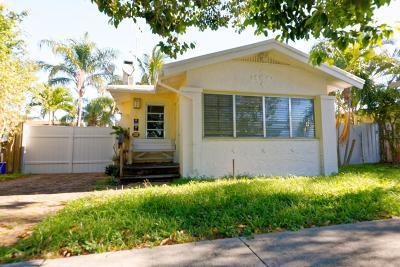 West Palm Beach Single Family Home For Sale: 305 Walton Boulevard