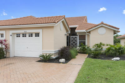 Boynton Beach Single Family Home For Sale: 7618 Seafoam Court