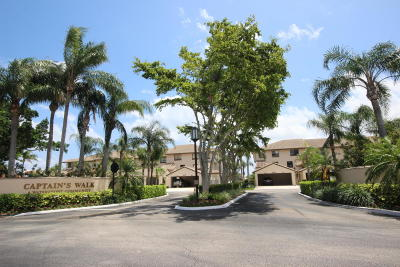 Delray Beach Condo For Sale: 240 Captains Walk #514