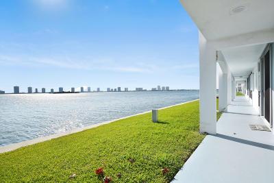 North Palm Beach Condo For Sale: 100 Shore Court #110