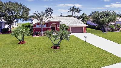Lake Worth Single Family Home For Sale: 4393 Hunting Trail