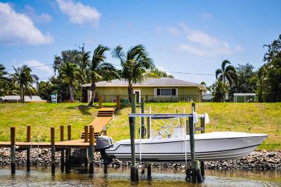 Lake Worth Single Family Home For Sale: 2615 Duke Court