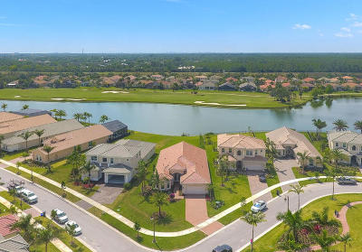 Jupiter Single Family Home Contingent: 103 Lunata Court