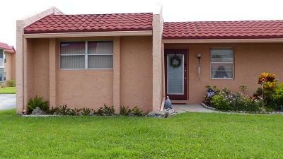 West Palm Beach Single Family Home For Sale: 300 Lake Carol Drive