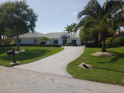 Palm City Single Family Home For Sale: 4808 SW Lake Grove Circle