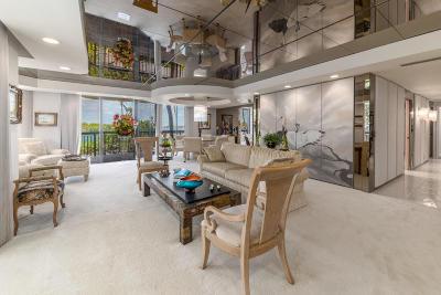 Palm Beach Condo For Sale: 3140 S Ocean Boulevard #101s