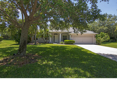Vero Beach Single Family Home For Sale: 729 46th Square
