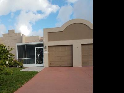 Boca Raton Single Family Home For Sale: 9111 Fairbanks Lane #6