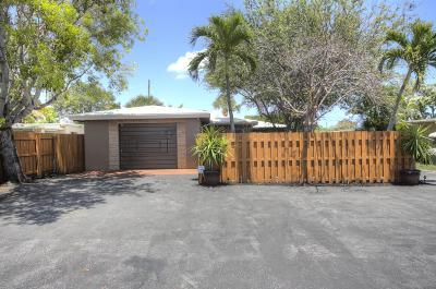 Delray Beach Multi Family Home For Sale: 311 De Carie Street