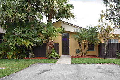 Boca Raton Single Family Home Contingent: 11726 Timbers Way #43d