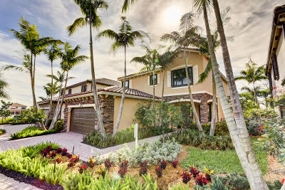 Lake Worth Single Family Home For Sale: 9038 Gulf Cove Drive