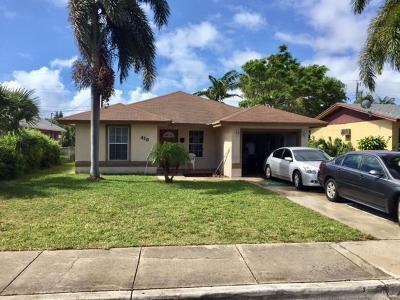 Boynton Beach Single Family Home Contingent: 410 NW 11th Avenue