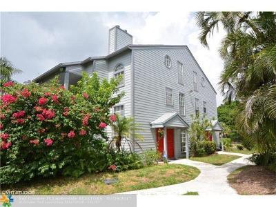 Boca Raton Single Family Home For Sale: 5095 Heatherhill Lane #8