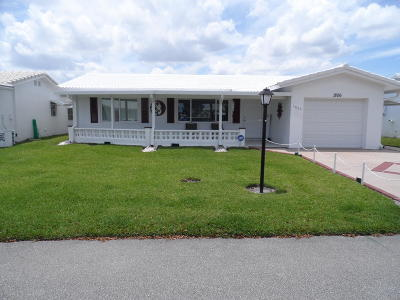 Leisureville Single Family Home Contingent: 1806 SW Roma Way